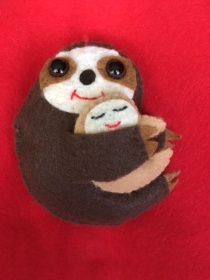 Mom's Day Sloth brown on red felt